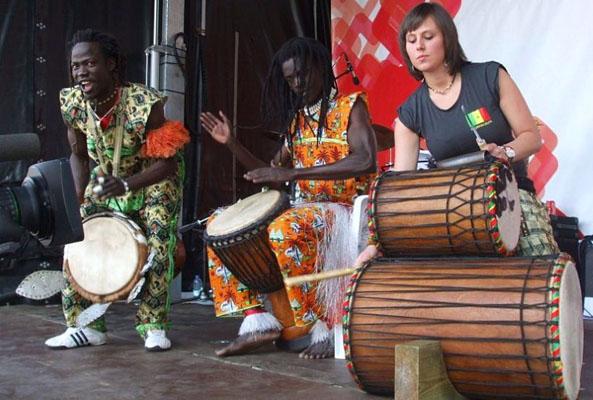 djembe-optreden-marakucha-2011